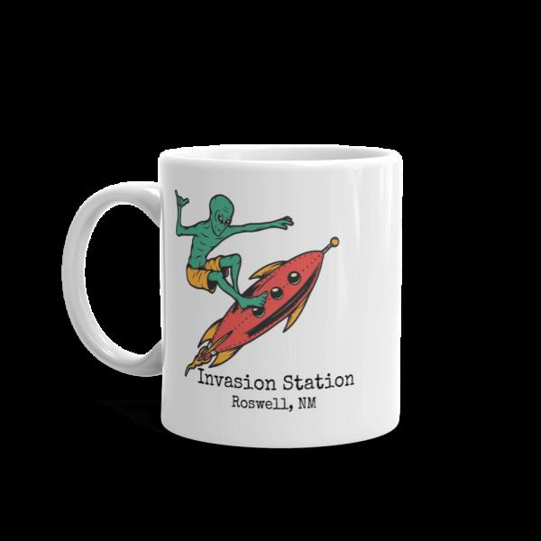 surfer-alien-mug11-handle-on-left